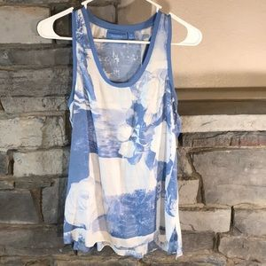XS simply Vera Sleeveless Top Blue and White